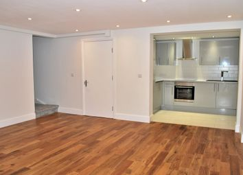 Thumbnail 2 bed flat for sale in Queensgate Mews, Beckenham