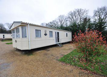 Emms Lane, Brooks Green, Horsham RH13. 2 bed mobile/park home