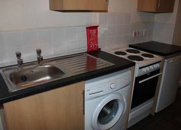 Thumbnail 1 bed flat to rent in Rice Lane, Walton