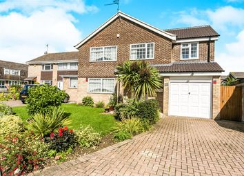 Thumbnail 4 bed detached house for sale in Kingsdown Close, Earley, Reading
