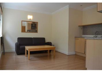 2 bed flat to rent in The Parade, Cathays, Cardiff CF24