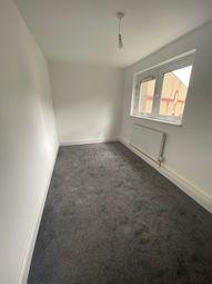 2 bed flat to rent in Holborn Street, Leeds LS6