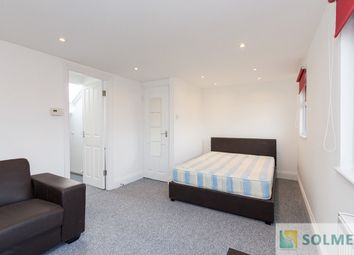 Room to rent in Ellesmere Road, Willesden Green, London NW10