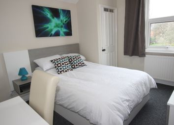 Thumbnail Room to rent in Lorne Street, Reading