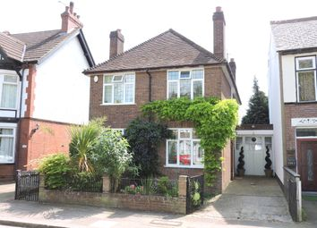 Thumbnail 4 bedroom detached house for sale in Tennyson Road, Luton