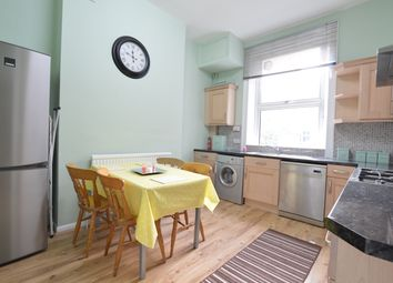 3 bed maisonette to rent in Montpelier Grove, Kentish Town, London NW5