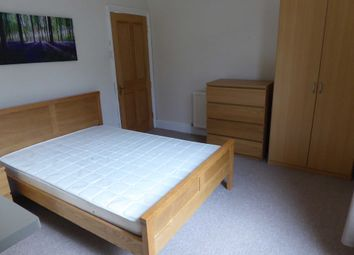 Thumbnail 4 bedroom shared accommodation to rent in Kingsgate Street, Reading