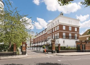 1 bed property to rent in Kensington Green, Marloes Road, London W8