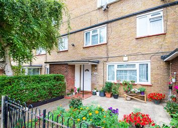 Thumbnail 3 bed flat for sale in Anne Street, London