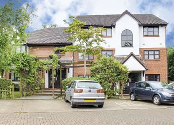 Thumbnail 1 bedroom flat for sale in St. Pauls Rise, Palmers Green