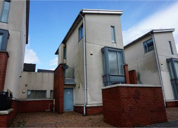 Thumbnail 4 bed town house for sale in The Pass, Rochdale