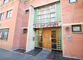 2 bed flat to rent in Tuscany House, Dickinson Street, Manchester M1