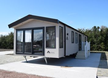 Thumbnail 2 bed mobile/park home for sale in Towyn Road, Towyn, Abergele
