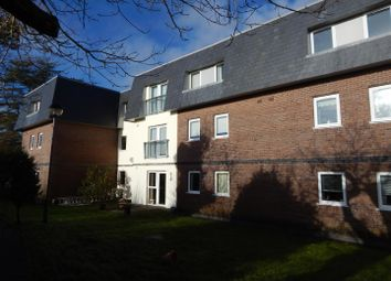 Thumbnail 2 bedroom flat for sale in Clyne Common, Swansea
