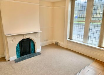 Thumbnail 1 bed flat to rent in Bradford Road, Shipley