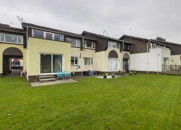 Thumbnail 2 bed flat for sale in Lachlan Crescent, Erskine