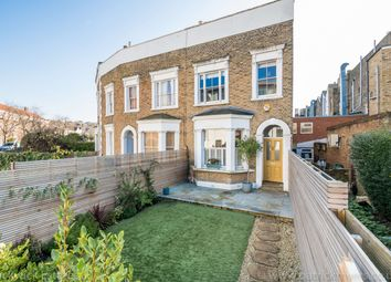 3 bed property for sale in Melford Road, London SE22