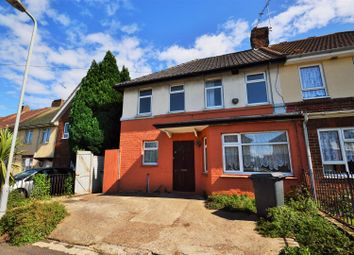 Thumbnail 4 bedroom property to rent in Hampton Crescent, Gravesend