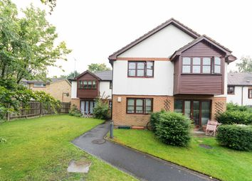 Thumbnail 1 bed flat for sale in Cherbury Close, Bracknell