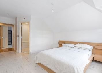 3 bed flat for sale in The Grange, Sidcup DA14