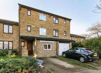Thumbnail 6 bed terraced house for sale in Melrose Close, London