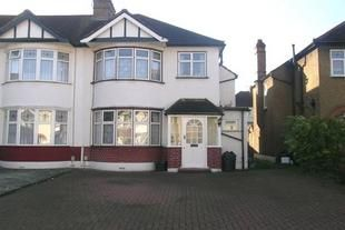 Thumbnail 3 bedroom semi-detached house to rent in Fairway, Woodford Green