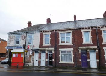 Thumbnail 3 bed flat to rent in High Street East, Wallsend