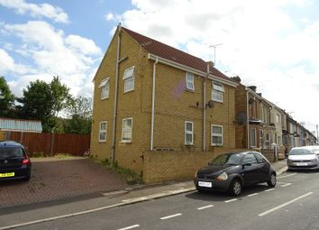 Thumbnail 2 bed flat to rent in Gordon Road, Gillingham, Kent.