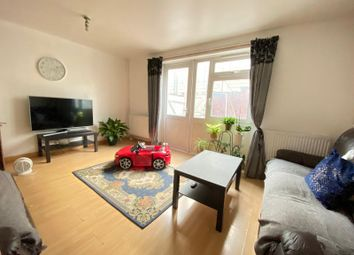 Thumbnail 3 bedroom flat to rent in Copenhagen Place, Limehouse / Docklands, London