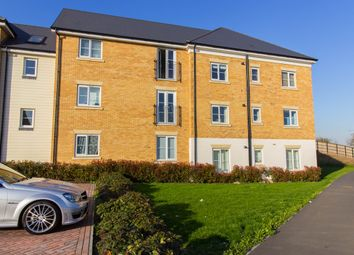 Thumbnail 1 bedroom flat for sale in Warwick Crescent, Laindon
