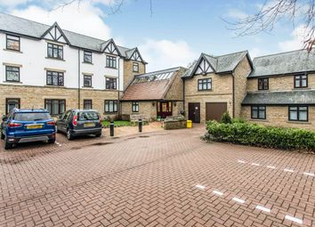2 bed flat for sale in Street Lane, Roundhay, Leeds LS8