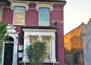 Thumbnail 2 bed flat to rent in Alroy Road, London