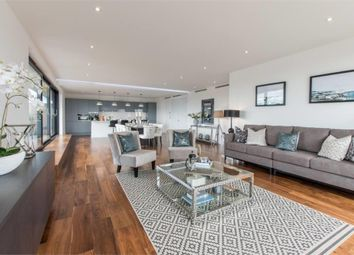 Thumbnail 3 bedroom flat for sale in Grenville Place, Mill Hill