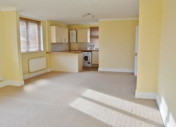 Thumbnail 2 bedroom flat to rent in Newport Road, Cowes