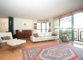Thumbnail 3 bed flat to rent in Western Gateway, Royal Victoria Docks - E16,