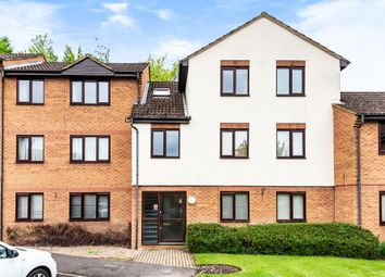 Thumbnail Flat to rent in Knaves Hollow, Wooburn Moor