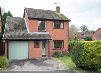 Thumbnail 4 bedroom detached house for sale in Stable Close, Reading