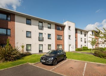 Thumbnail 2 bed flat for sale in 4/4 New Mart Gardens, Edinburgh