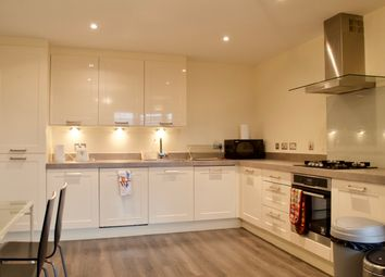 2 bed flat to rent in Kimmerghame Place, Edinburgh EH4