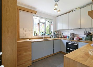 Thumbnail 2 bed maisonette for sale in Dylways, Camberwell