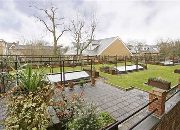 Thumbnail 1 bed flat to rent in Millbrooke Court, Keswick Road, Putney
