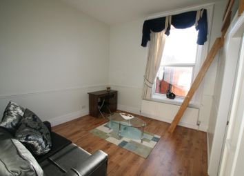 1 bed property to rent in Flat 5, 2 Victoria Terrace, University LS3