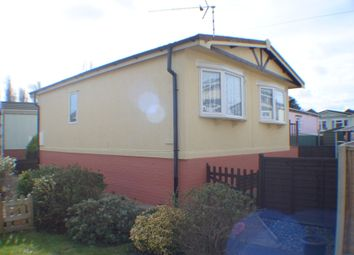 Thumbnail 2 Bed Mobile Park Home For Sale In Iford Bournemouth