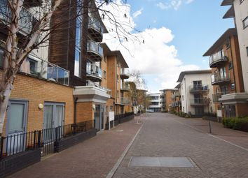 2 bed flat to rent in Caelum Drive, Colchester CO2