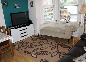Thumbnail 2 bedroom flat for sale in Connaught Road, Reading