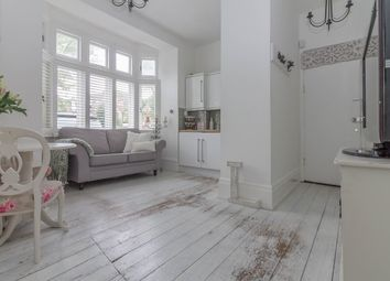 Thumbnail 1 bedroom flat to rent in Park Crescent, Westcliff-On-Sea