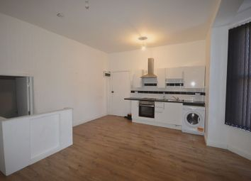 Thumbnail 1 bed flat to rent in Flat 1, Clarendon Park Road, Leicester