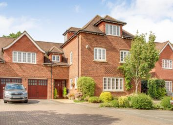 Thumbnail 6 bed link-detached house for sale in Horseshoe Drive, Over, Gloucester