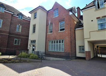 2 bed flat to rent in Loughborough Road, Belgrave, Leicester LE4