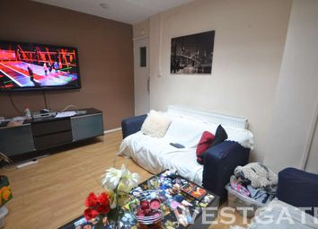 Thumbnail 5 bed flat to rent in Basingstoke Road, Reading